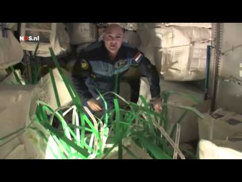 André Kuipers - Rondleiding door het ISS 4