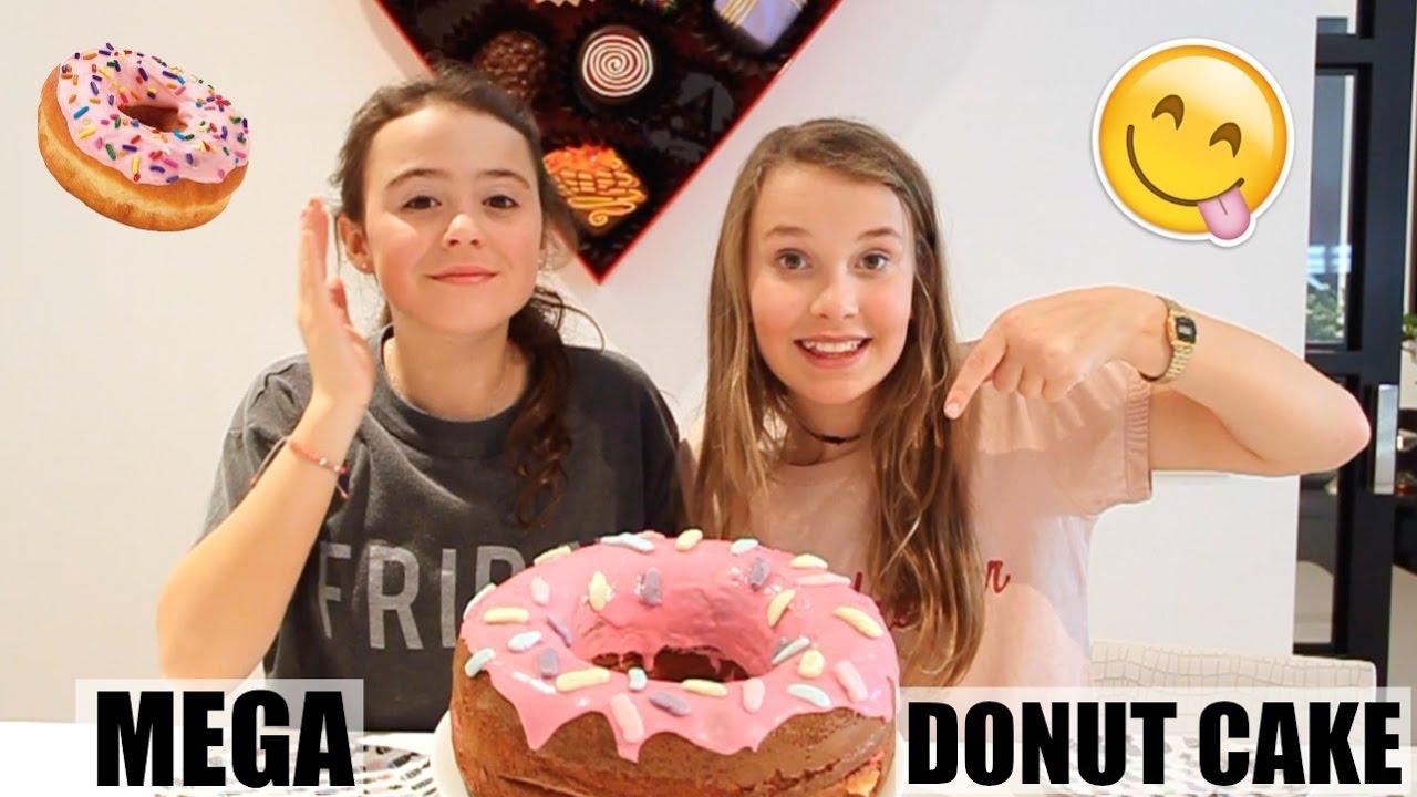 Mega Donut Cake Bakken 1