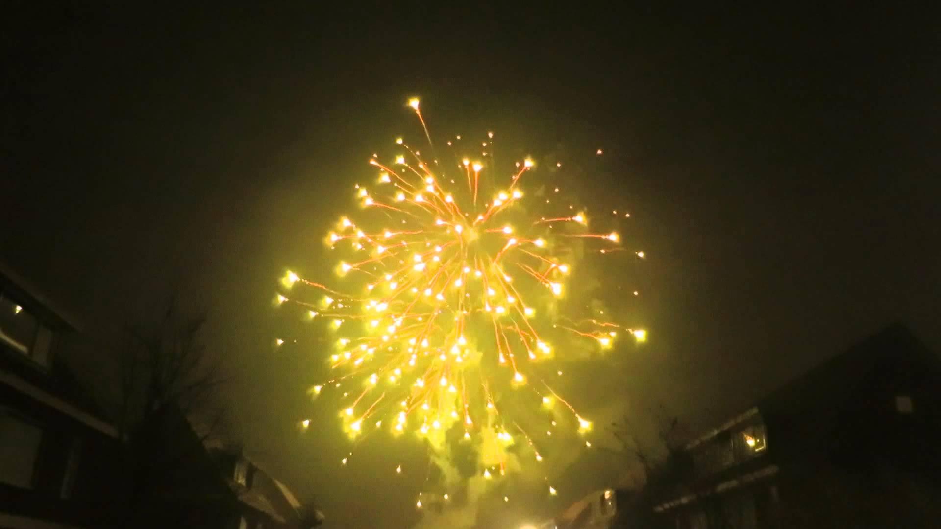 Vuurwerk Oud en Nieuw 2014 2015 in Groningen 1